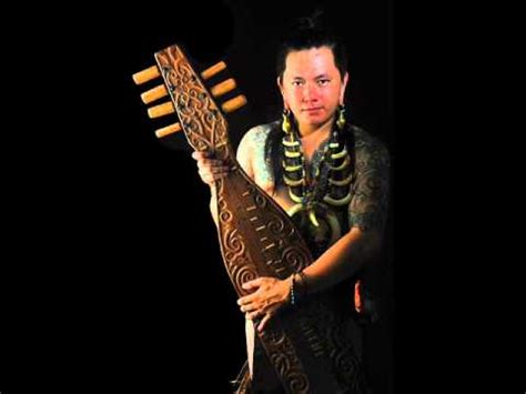 Beti Oma Lunguyau Moris(composer) Dayak Kenyah Uma Lung