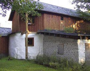 maison en bois corde construire sa maison en bois cord 233 maison du 21e si 232 cle le magazine de la maison saine