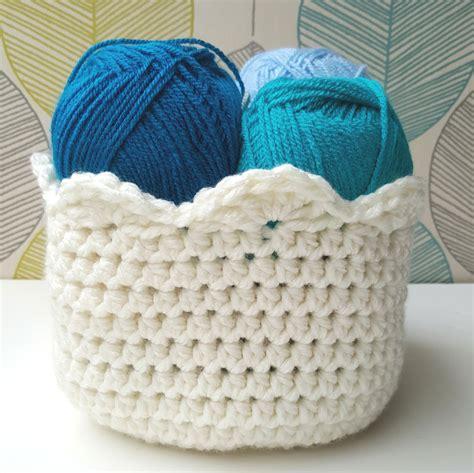 crochet basket how to crochet a basket free tutorial pattern