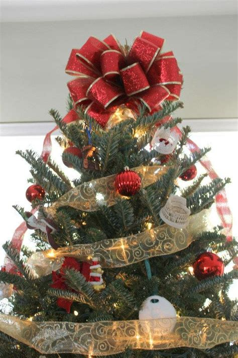 quick diy christmas tree bow christmas tree bows diy