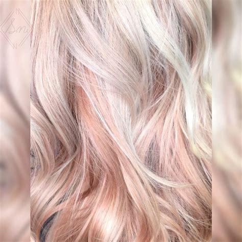 Golden Platinum Hair by Best 25 Gold Hair Colour Ideas On