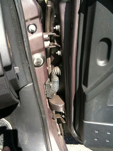 demonter une poignee de porte claquement 224 l ouvertrue des portes m 233 gane 2