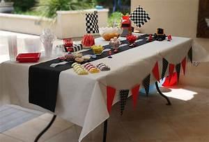 Décoration De Table Anniversaire : decoration de table voiture ~ Melissatoandfro.com Idées de Décoration