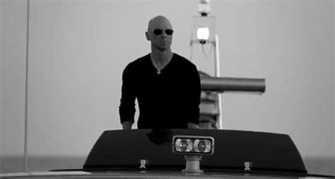 kenny chesney without hat watch the kenny chesneys shiny new video for come over video