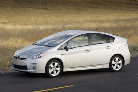 Cost Of Toyota Prius by Used Toyota Prius Hybrid Reviews