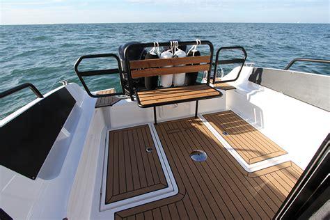 petit bateau siege essai xo 270 rs front cabin essai bateau