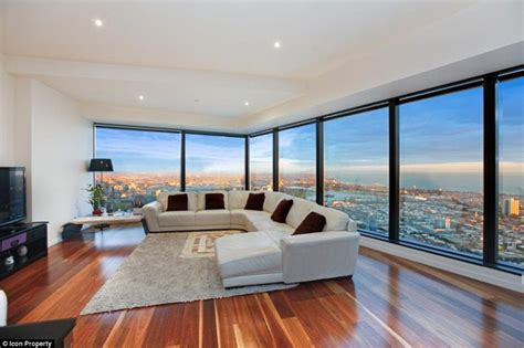 82 Million New York Apartment Breathtaking View by Eureka Tower Apartment On Melboune S Southbank Boasts A
