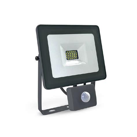 spot led exterieur avec detecteur projecteur ext 233 rieur led avec d 233 tecteur de pr 233 sence 30w gris vision el 80381 domomat