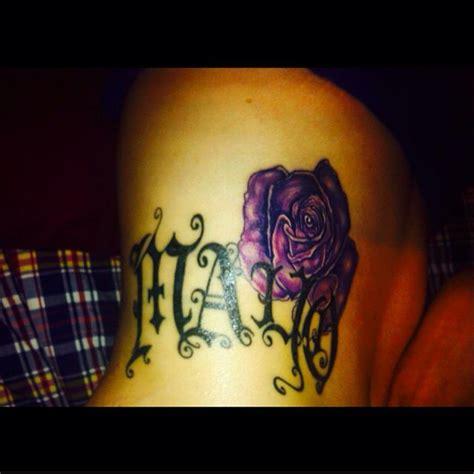 date de naissance avec rose tatouage tatouage
