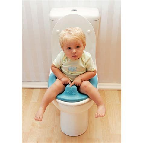 siege toilette bebe siège de toilette de bumbo poupons cie boutique pour