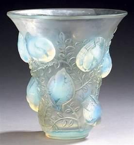 Vase En Verre Haut : ren lalique france vase en verre opalescent d cors d 39 oiseaux haut ~ Nature-et-papiers.com Idées de Décoration