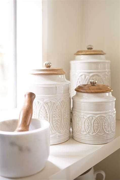 white canisters for kitchen kitchen canisters white 28 images baker and white