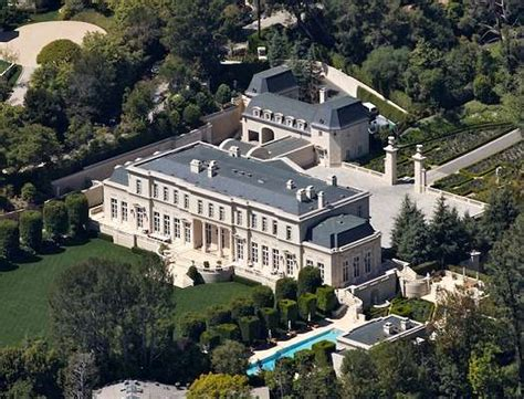 Mariah Carey To Buy World's Most Expensive Mansion?