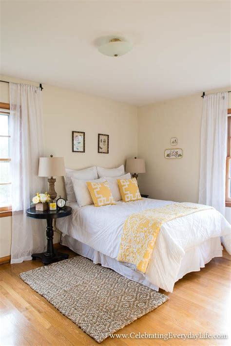 Bedroom Decorating Ideas Real Simple by More Tips For How To Stage A Bedroom To Sell Now For The
