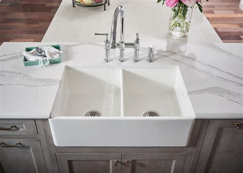 elkay fine fireclay kitchen sinks  white farmhouse