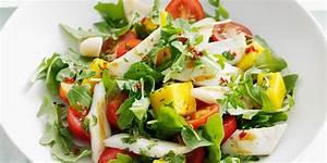 Sommersalat mit Tomaten, Mango und Tintenfisch