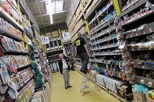 L Entrepot Du Bricolage Seynod : saumur l 39 entrep t du bricolage ouvre saumur courrier ~ Dailycaller-alerts.com Idées de Décoration