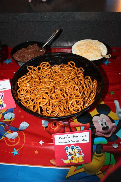cuisine mickey 11 best images about brayden 39 s 1st birthday on