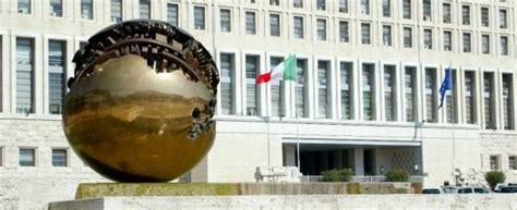 Ambasciata Canadese Roma Ufficio Visti Visti Facili Licenziato Un Funzionario Dell Ambasciata D