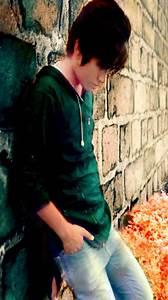 emo sad - Emo Boys Photo (36110443) - Fanpop