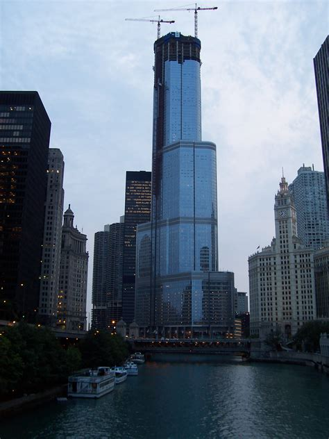 trump hotel chicago building batman tower prewitt file dark knight commons windy international wikia buildings update skyscraper wikimedia tallest wiki