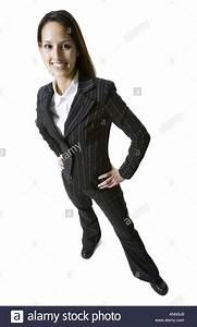 Zwiebelgeruch An Den Händen : portr t von eine gesch ftsfrau die mit den h nden an den h ften stehen stockfoto bild 8894311 ~ Orissabook.com Haus und Dekorationen