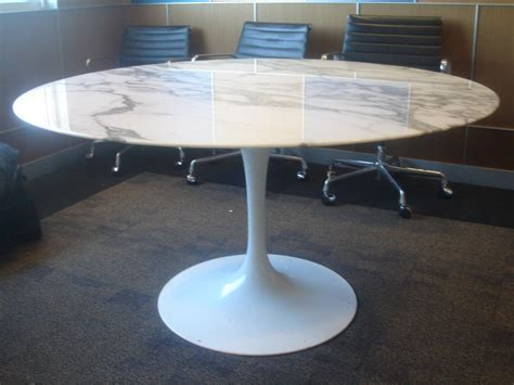 round marble table base knoll saarinen white dining table with 54 inch round
