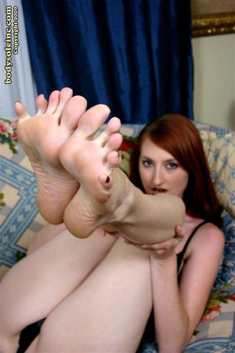 Naomi Swann Worship Feet