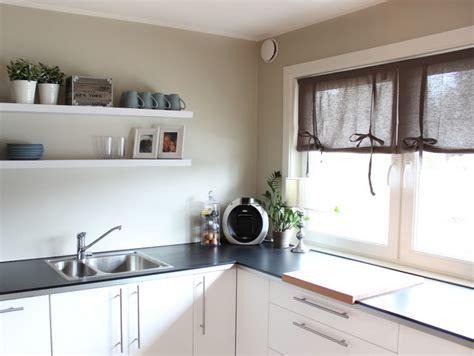 store fenetre cuisine 55 rideaux de cuisine et stores pour habiller les fenêtres