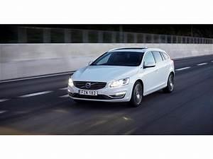 2018 Volvo V60 T6 AWD R Design Platinum Lease $599 Mo
