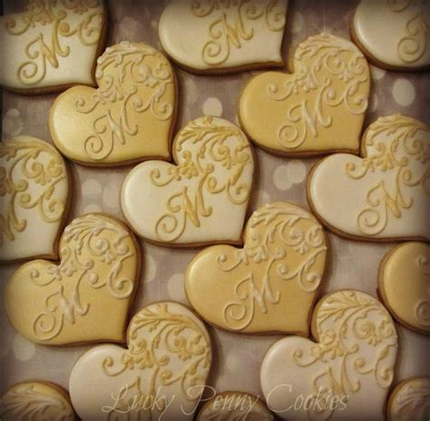 monogrammed wedding hearts cookie connection