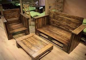 Couch Aus Paletten : 50 coole modelle sofa aus europaletten ~ Markanthonyermac.com Haus und Dekorationen