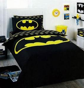 Cozy Batman Boys Bedroom Theme With Bedding And Sticker ...
