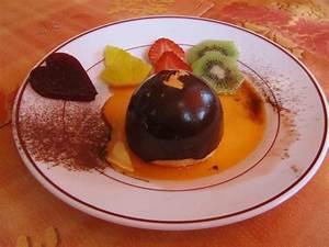 La Table à Dessert : st valentin 2013 dessert dome pralin enrob de ~ Melissatoandfro.com Idées de Décoration