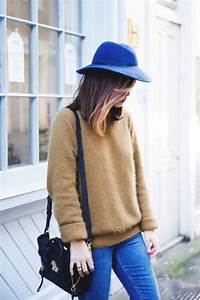 le chapeau feutre pour un look moderne With robe de cocktail combiné avec chapeau feutre bleu marine