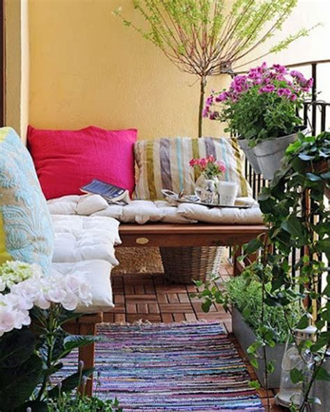 furnishing a small condo balcony without sacrificing style