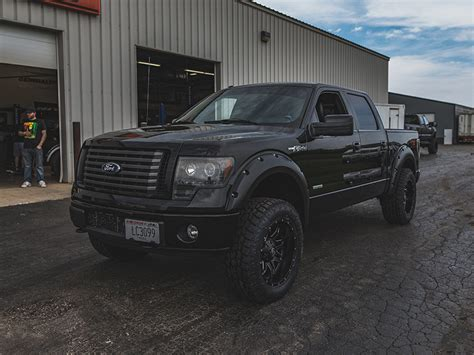 ford    fuel offroad wheels  toyo