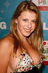 Jodie Sweetin Bra Size, Age, Weight, Height, Measurements ...