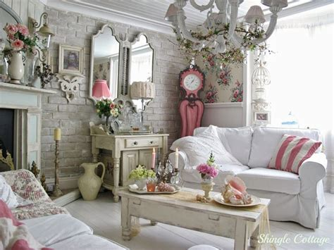 Best + Romantic Cottage Ideas On Pinterest