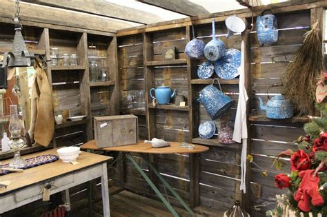 Primitive Booth At Ocala Antique Mall And Estates In Ocala Fl. ,i Love The Collection Of Antique Antique Mall Interstate 70 Walnut Console Table By Synonym Top 10 Most Expensive Antiques In The World Art Deco Ring Dealers Paddington Brisbane Las Vegas Show 2016 North