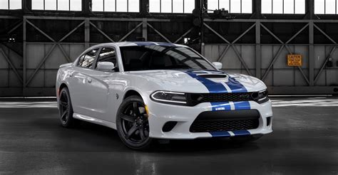 2019 dodge charger srt8 hellcat 2019 dodge charger srt hellcat earns its stripes the