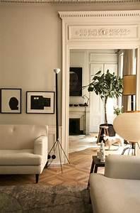 les 25 meilleures idees de la categorie moulure plafond With chambre design avec matelas signature flora