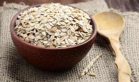 Eating Oats And Whole Grains Slashes Risk Of Chronic Lung