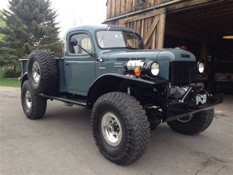 1947 Dodge Power Wagon 2dr