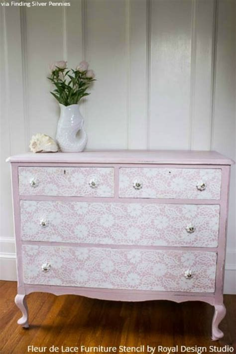 shabby chic furniture stencils 17 best images about annie sloan chalk paint in action on pinterest chalk paint colors damask