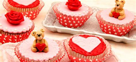 cupcake et pate a sucre cupcake pate a sucre 28 images p 226 te 224 sucre recherche cupcakes cupcakes pralin 233 et