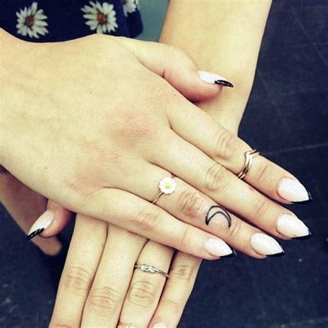 jordan hinson moon knuckle tattoo steal  style