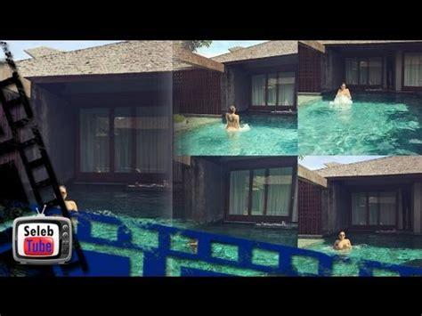Omg Nikita Mirzani Telanjang Saat Berenang Youtube