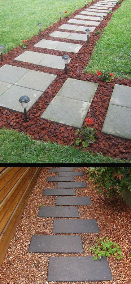Backyard Sidewalk Ideas by Best 25 Rock Walkway Ideas On Diy Pebble