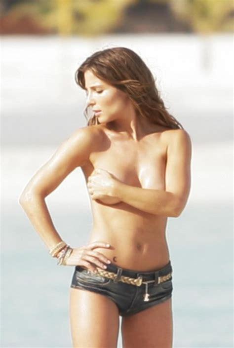Elsa Pataky La Sensual Modelo De Origen Rumano Uff Que Rico